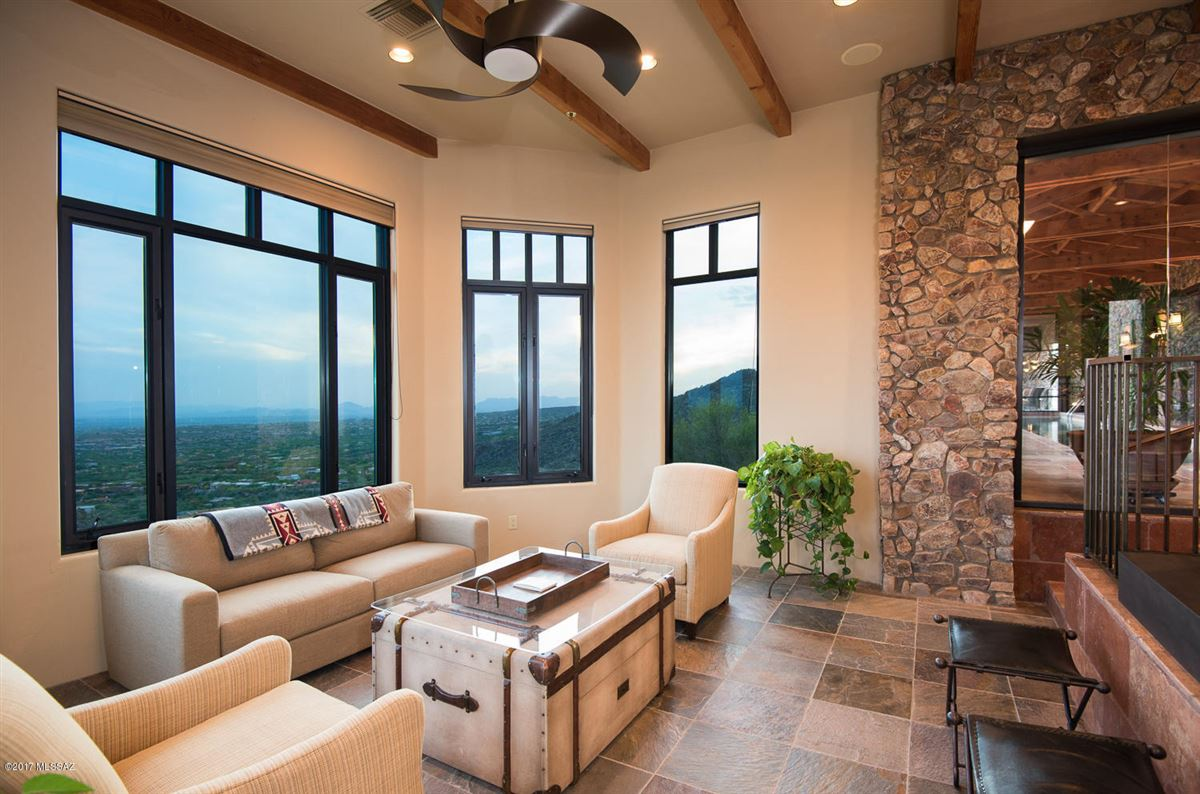 An Exclusive Estate With Mountain And Valley Views mansions