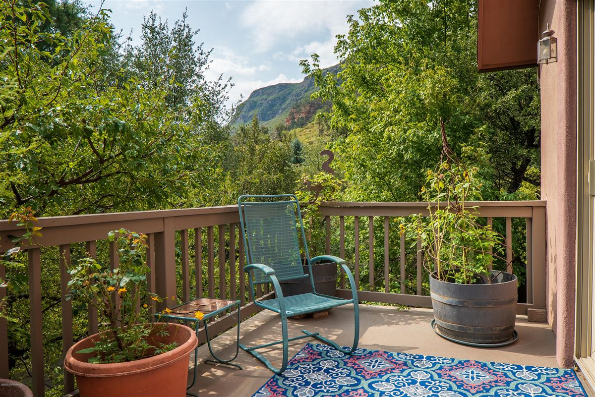 Gorgeous creek location offers the perfect blend of tranquility andcharm luxury real estate