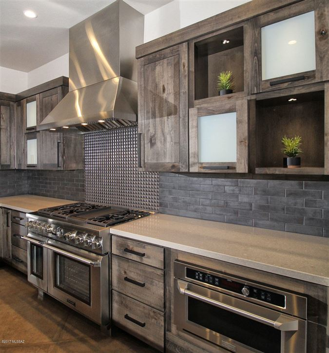 Luxury homes phenomenal newly built luxury home