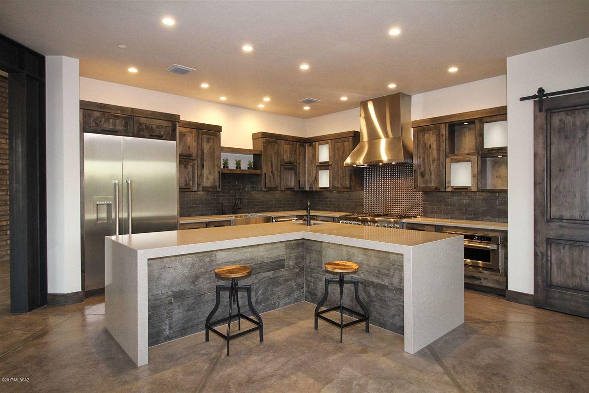 Luxury real estate phenomenal newly built luxury home