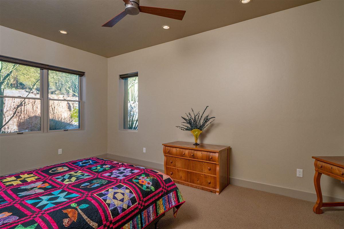 Luxury homes exclusive neighborhood of The Canyons
