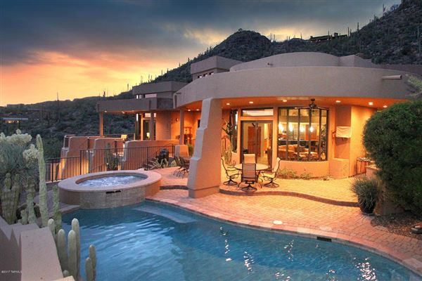 MAGNIFICENT PROPERTY WITH TOP OF THE WORLD VIEWS | Arizona Luxury Homes |  Mansions For Sale | Luxury Portfolio