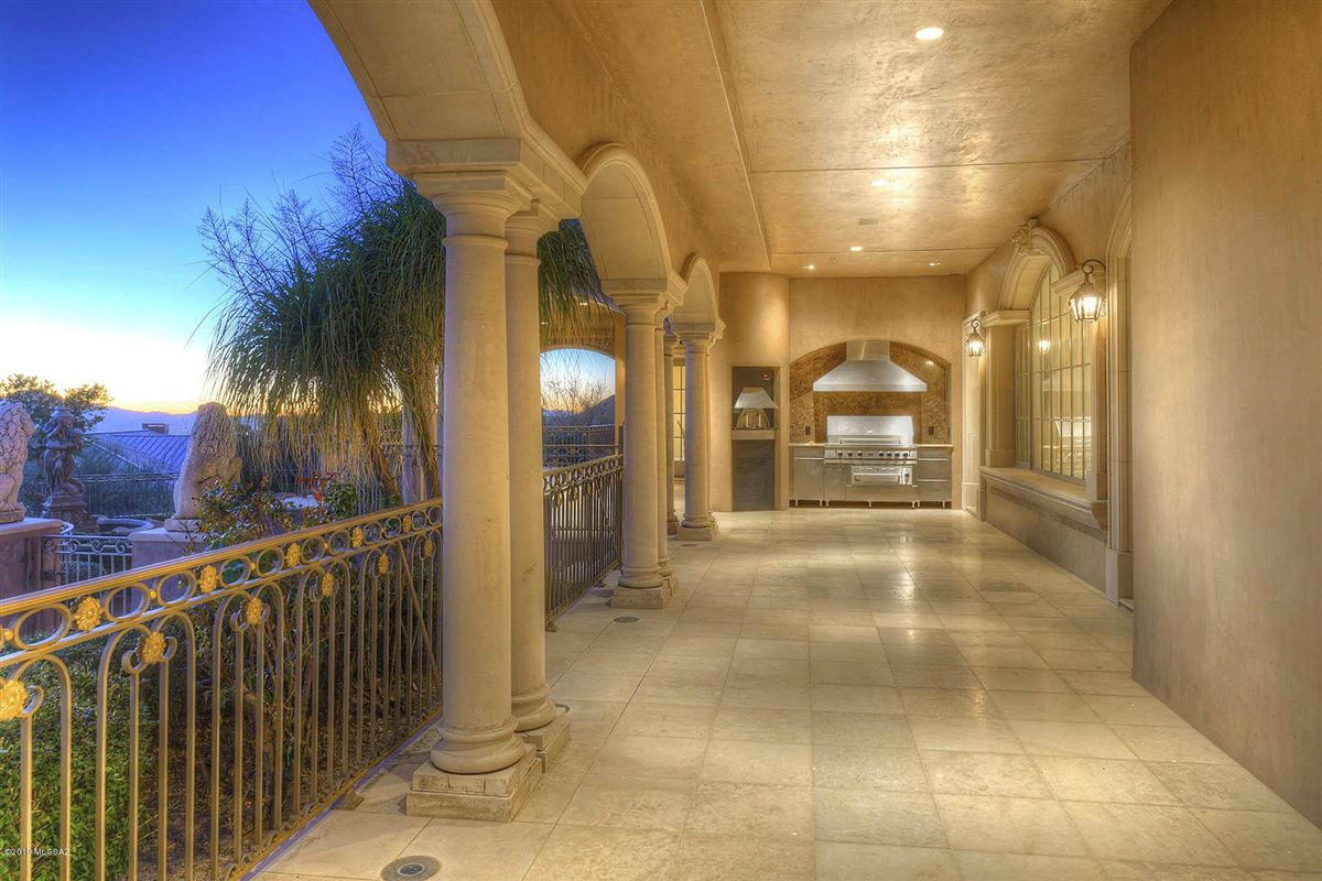 a Fabulous mansion in tucson luxury properties
