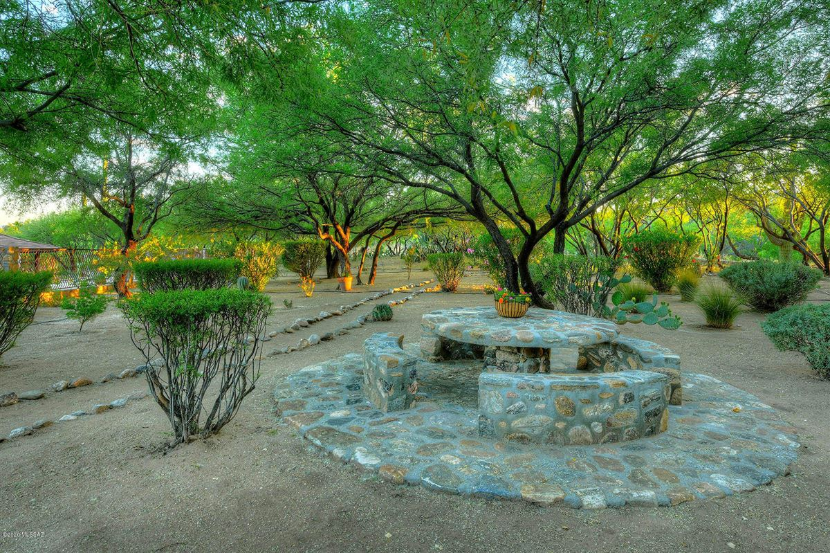 Mansions gorgeous luxury adobe home on 22 lush acres in tucson