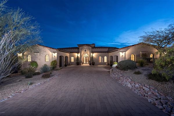 SONORAN DESERT AND MOUNTAIN VIEWS | Arizona Luxury Homes | Mansions For  Sale | Luxury Portfolio