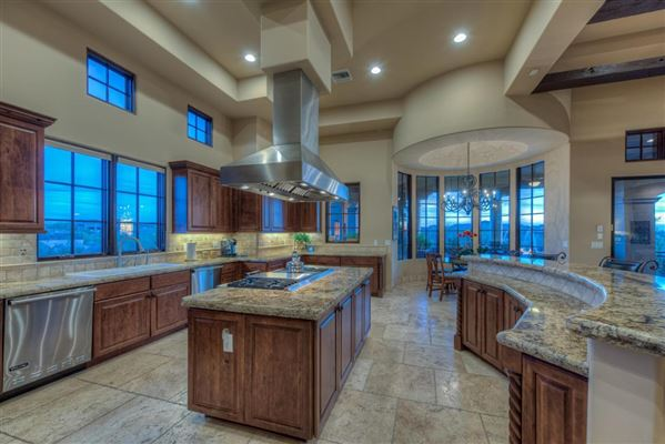 Mansions in Sonoran Desert and mountain views