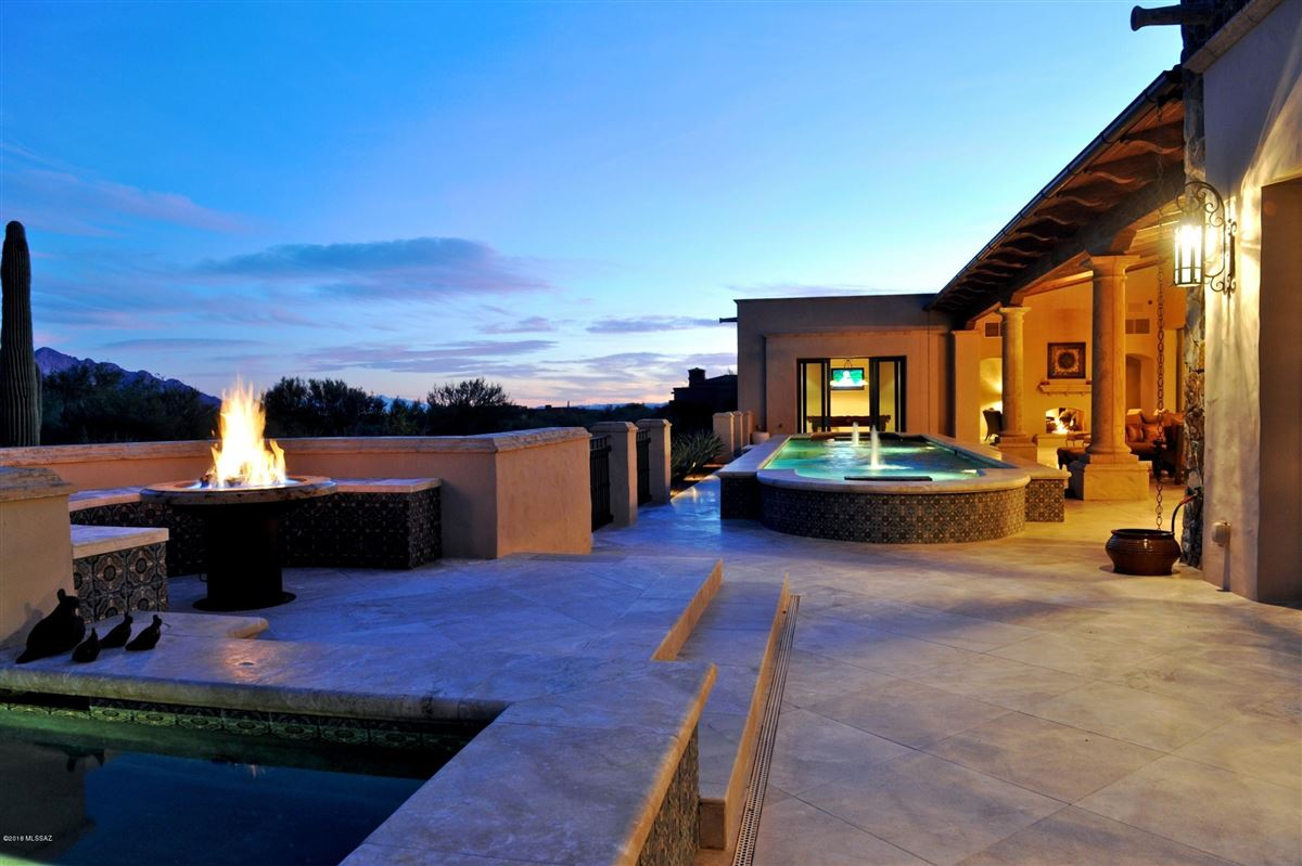 Luxury homes in Simply Spectacular house house with panoramic views