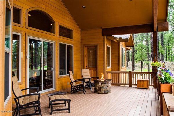 Gorgeous single-level custom home on the fairway luxury real estate