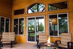 Luxury homes Gorgeous single-level custom home on the fairway