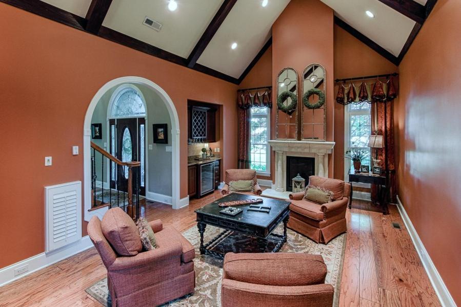 Appaloosa Way 1241 luxury homes