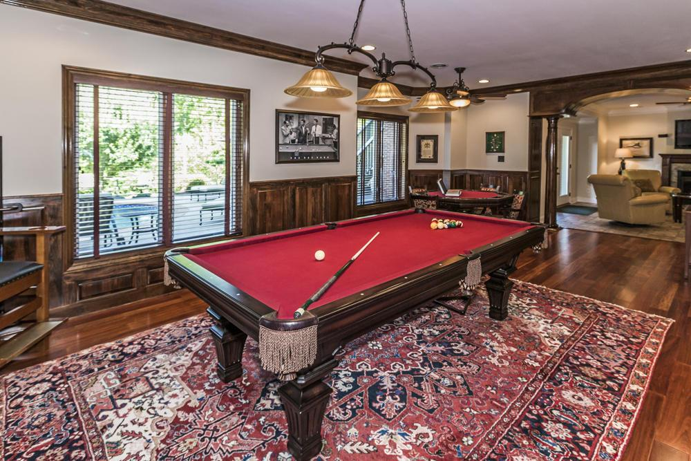 Mansions in PRISTINE KNOXVILLE HOME