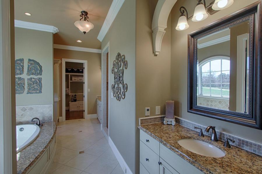 Hammock Lane 819 luxury homes