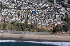 Mansions in The perfect home in Seacliff