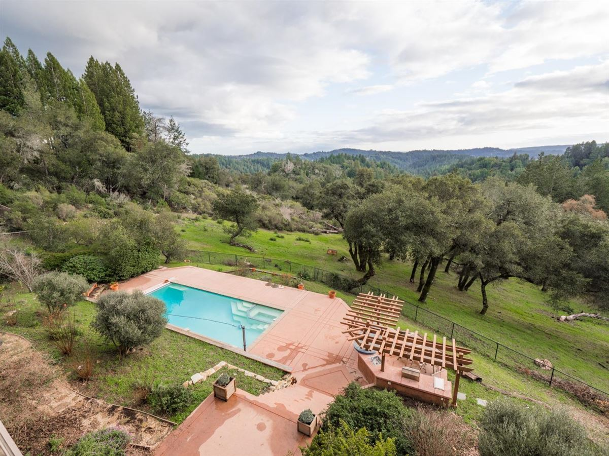 exclusive estate with stunning views luxury properties