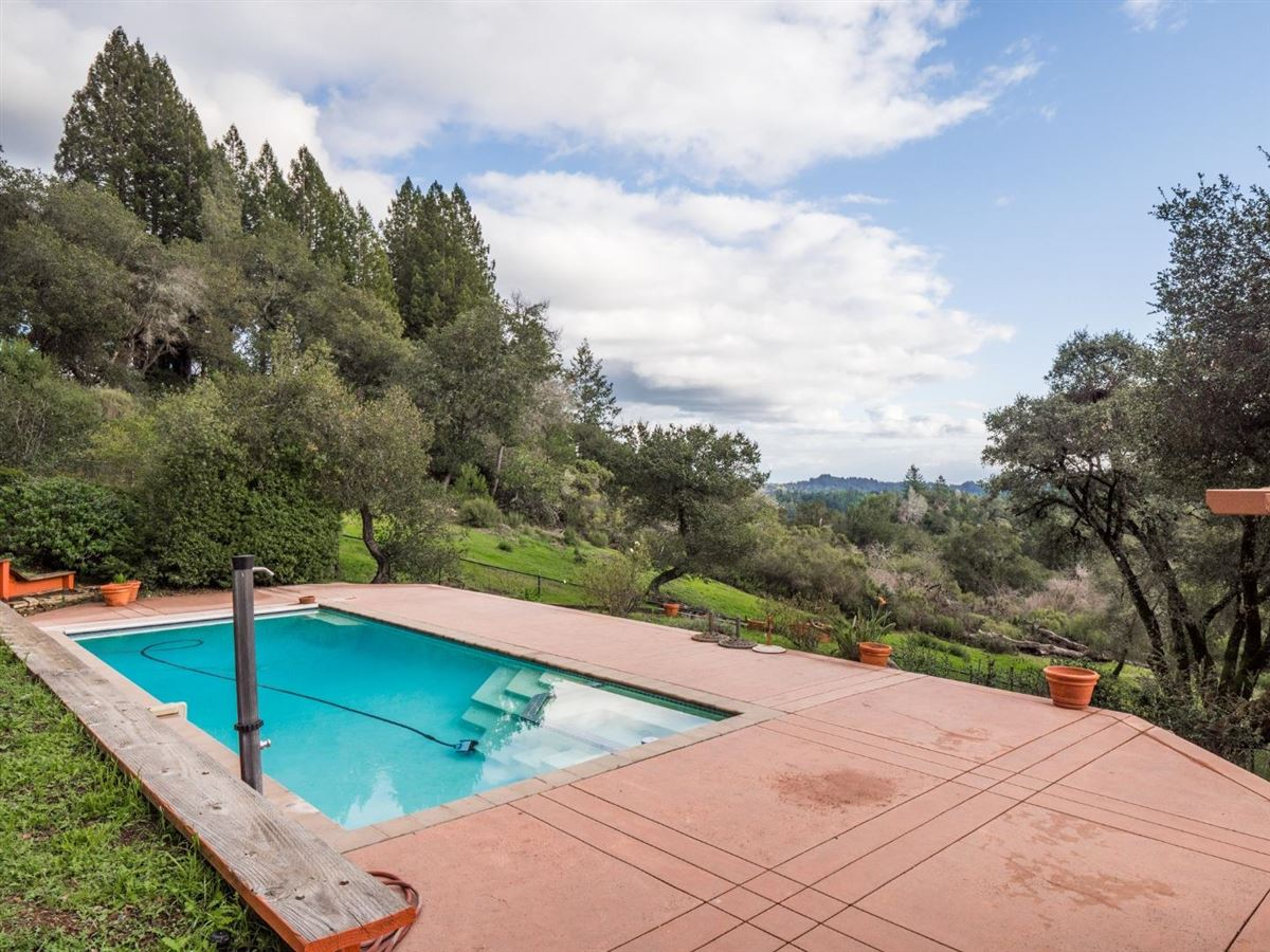 exclusive estate with stunning views mansions