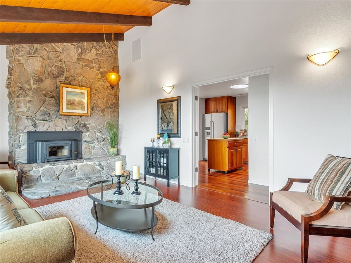 Luxury properties country living with wonderful views