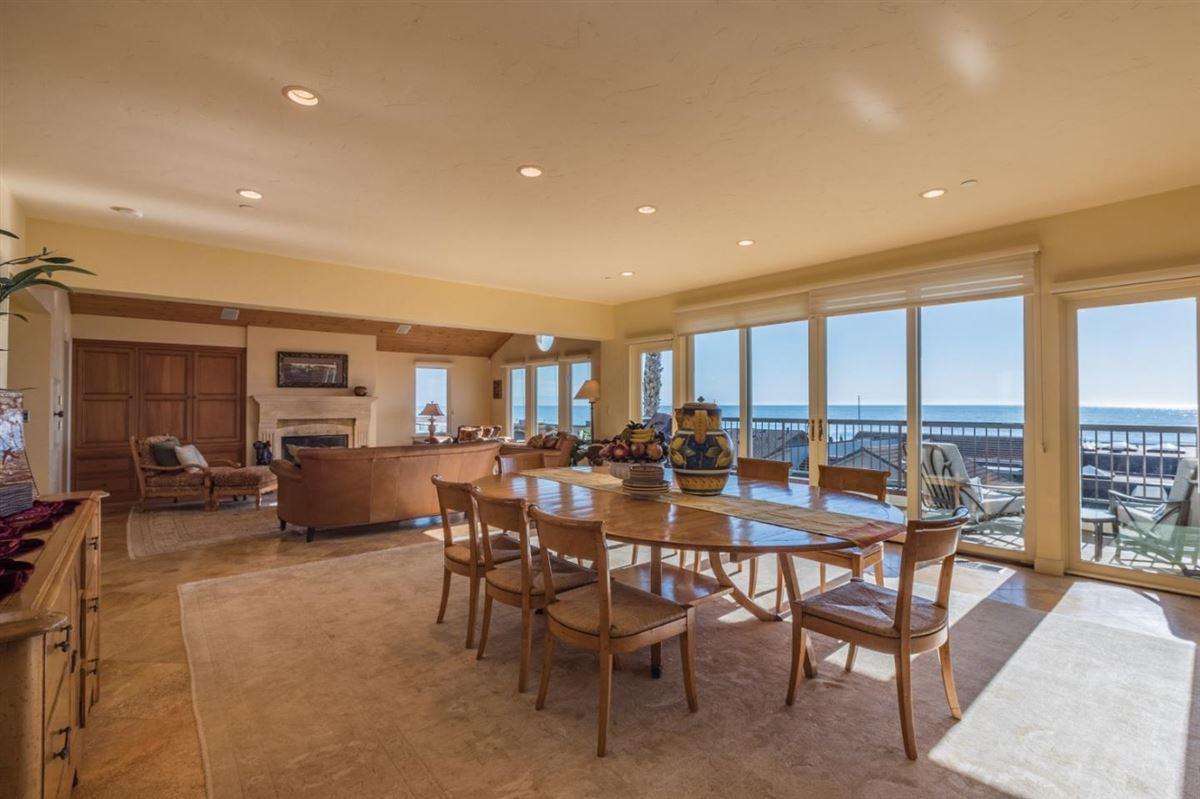 Luxury homes in Ultimate Beach home luxury in aptos