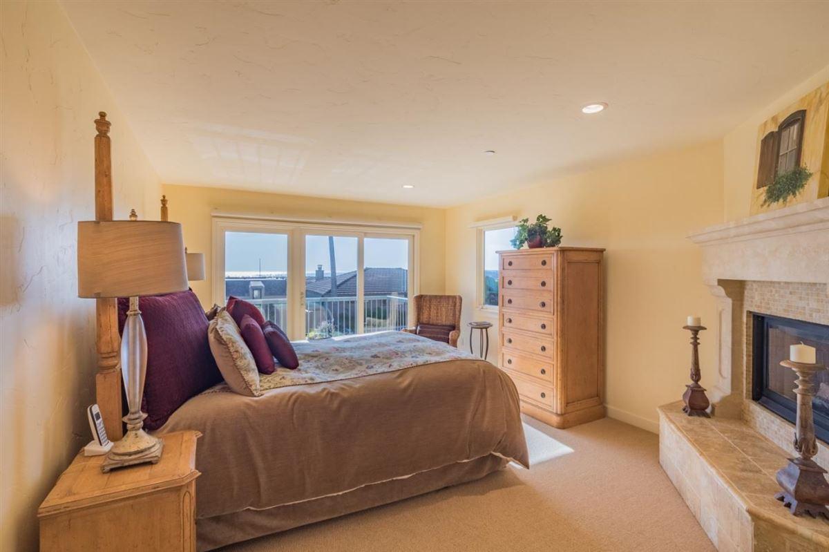 Luxury real estate Ultimate Beach home luxury in aptos