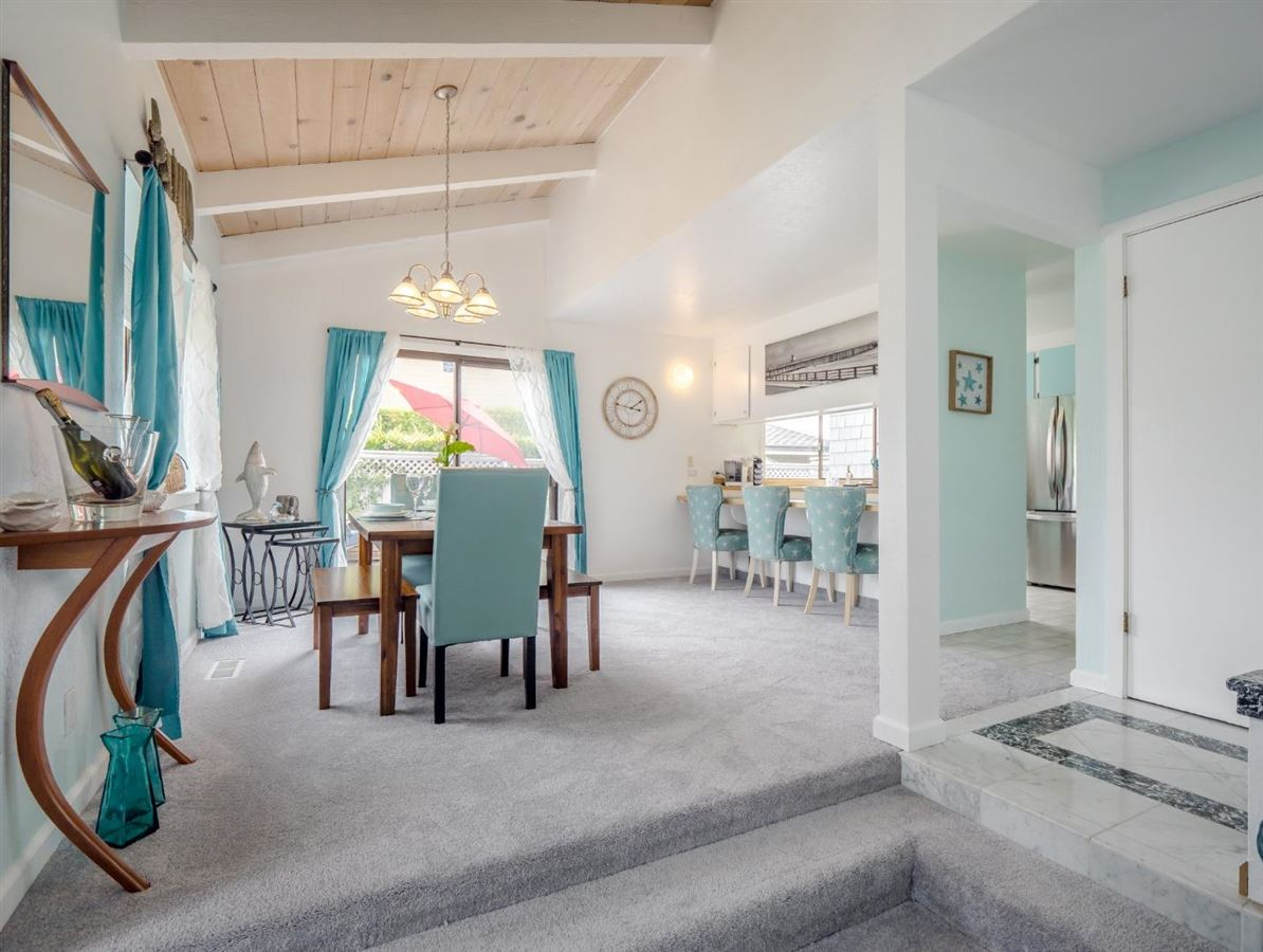 Luxury real estate Sweet comfy beach house