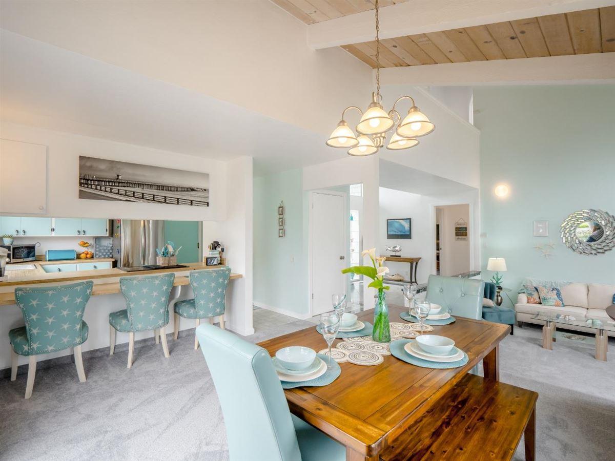 Sweet comfy beach house luxury properties