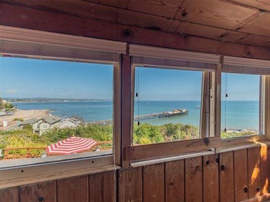 fabulous beach home luxury properties