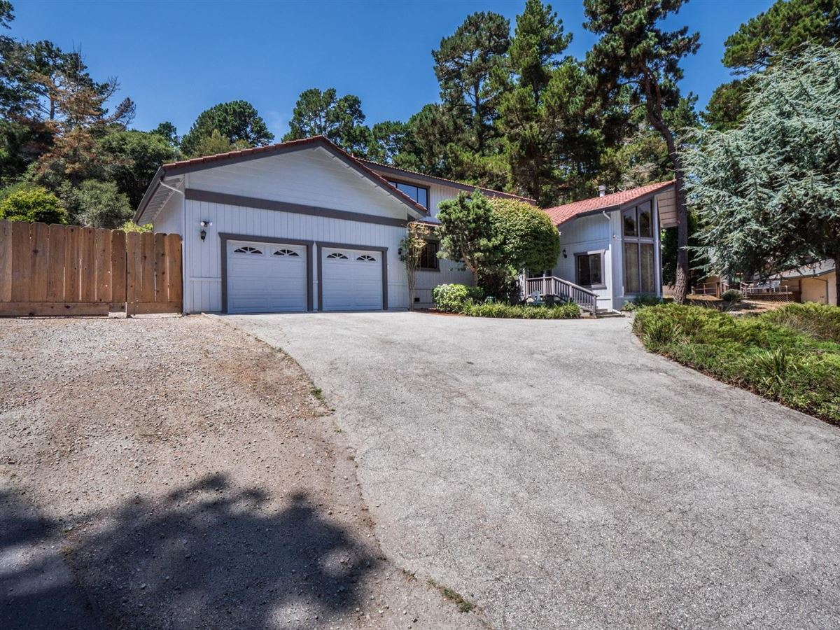 home on a large sunny lot  luxury properties