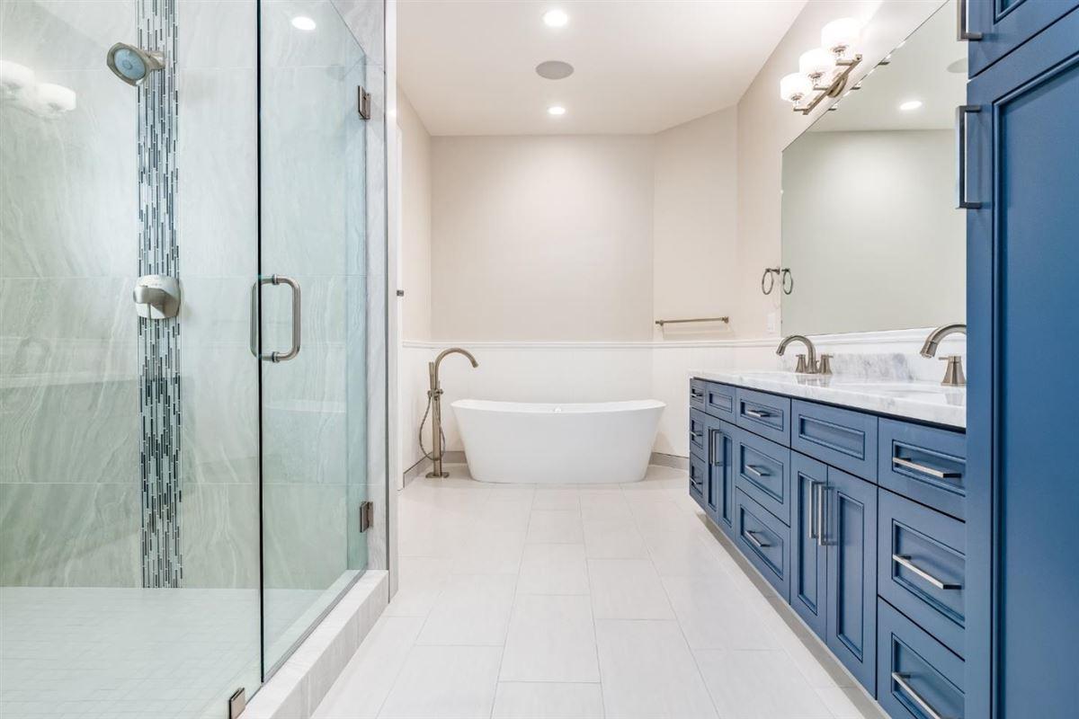 new custom home in Benson Avenue Subdivision mansions