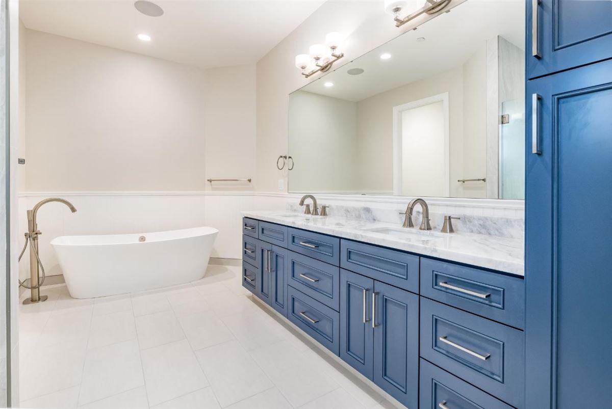 Luxury homes in new custom home in Benson Avenue Subdivision
