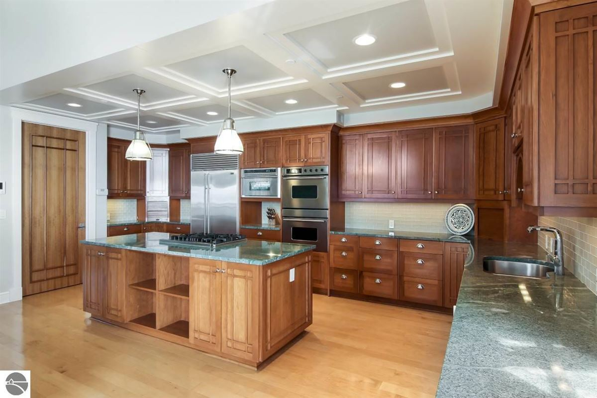 Luxury real estate beautifully appointed waterfront penthouse condo