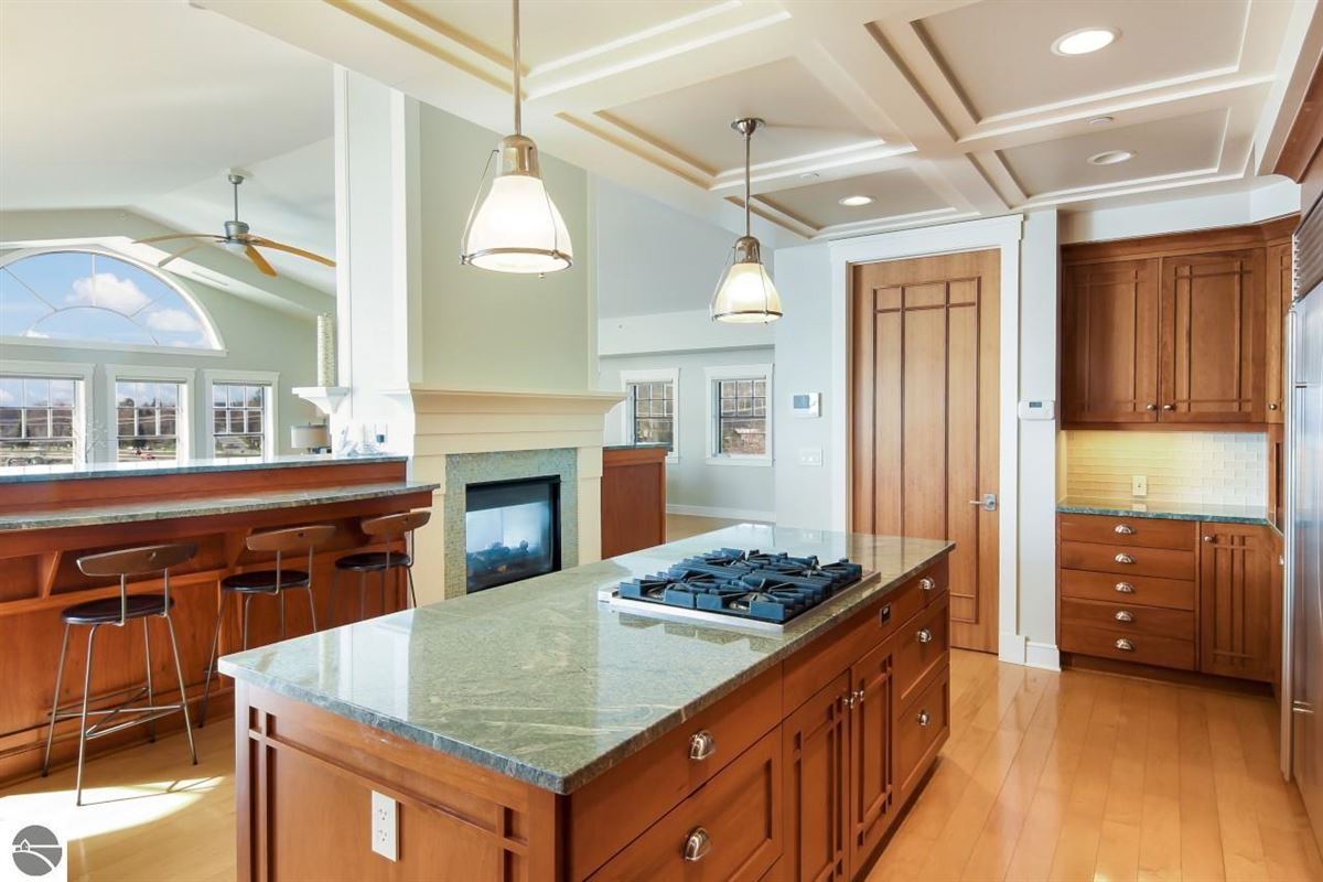 Luxury properties beautifully appointed waterfront penthouse condo