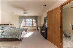 Luxurious custom home luxury properties