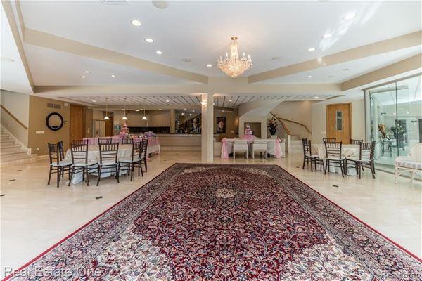 Luxurious custom home luxury real estate