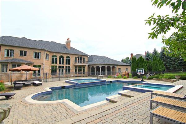 magnificent luxury estate in rochester luxury properties