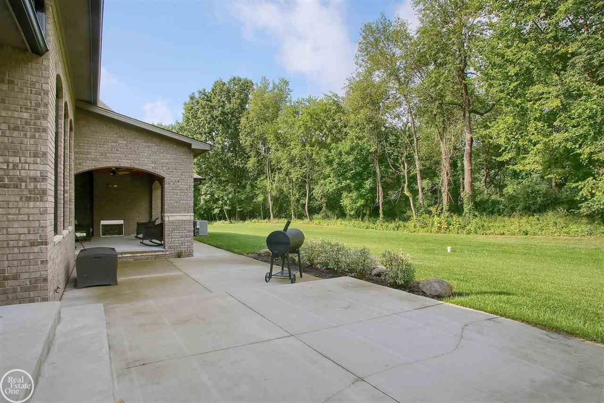 Luxury properties ranch on over 2 private acres