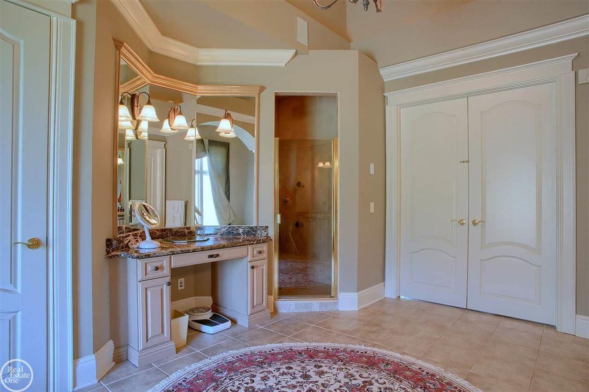 custom-built home in Orchard Ridge luxury real estate