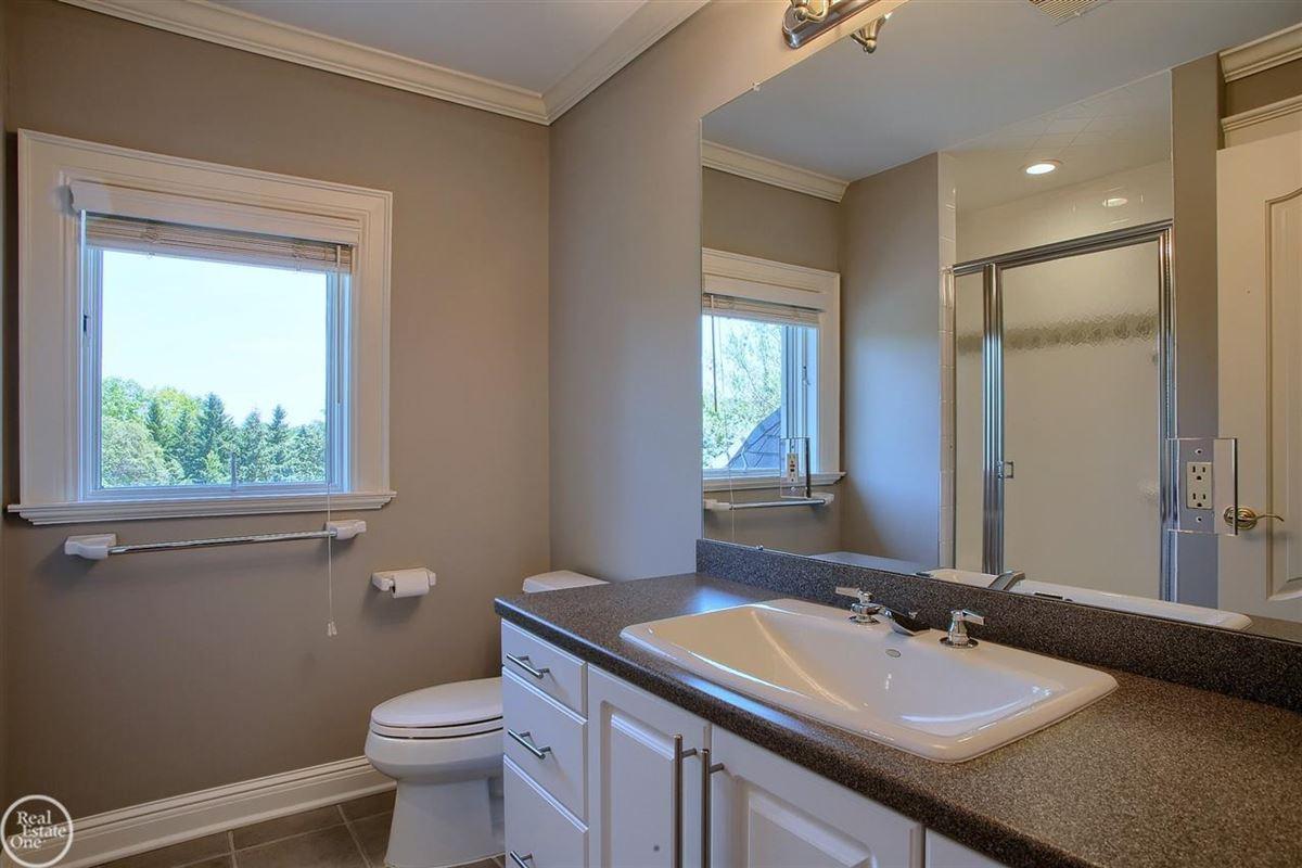 Luxury homes custom-built home in Orchard Ridge