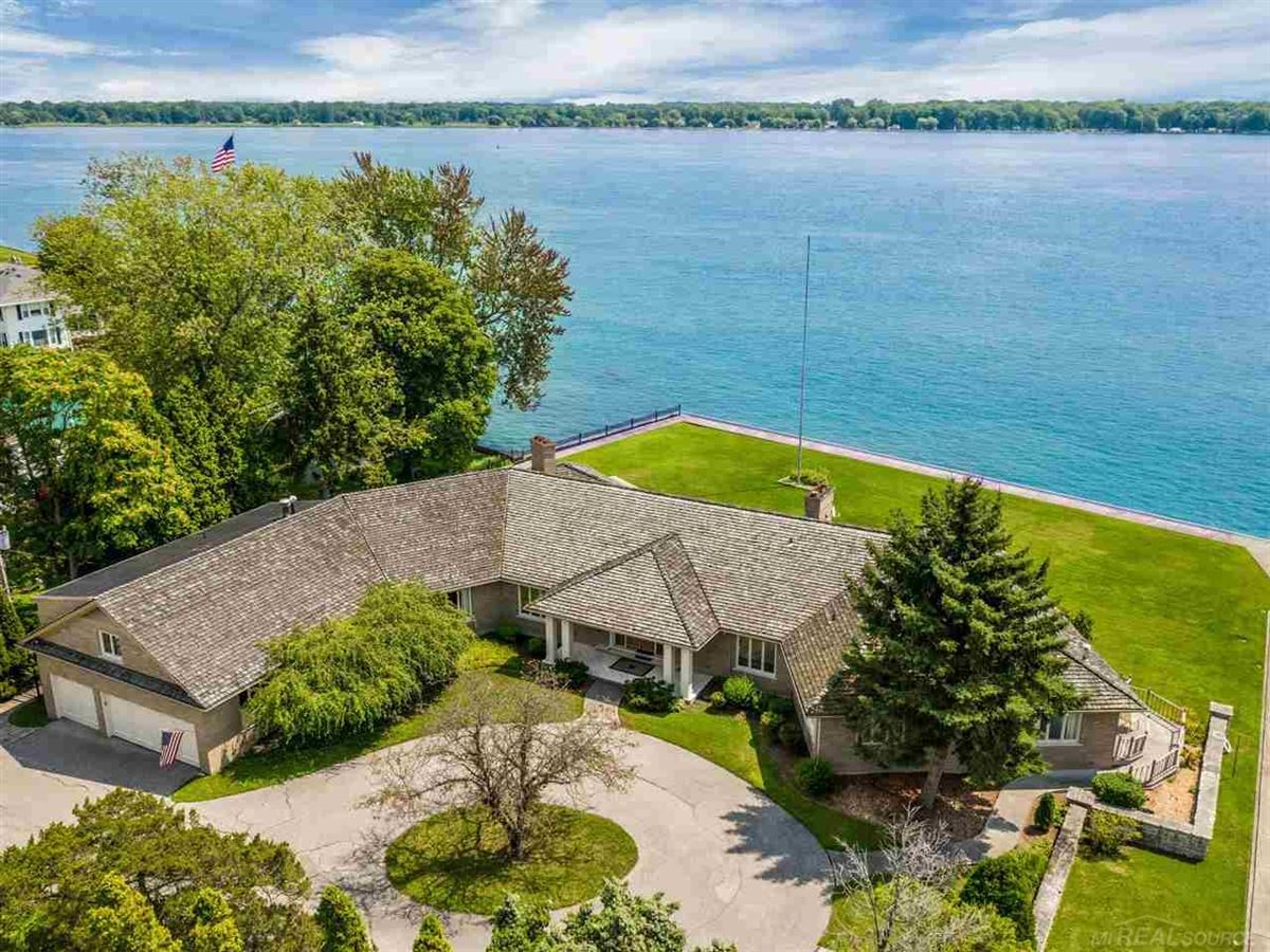 Luxury homes this beautiful estate home boasts stunning river views