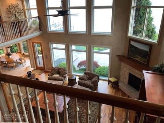Mansions custom lakefront home with spectacular lake views
