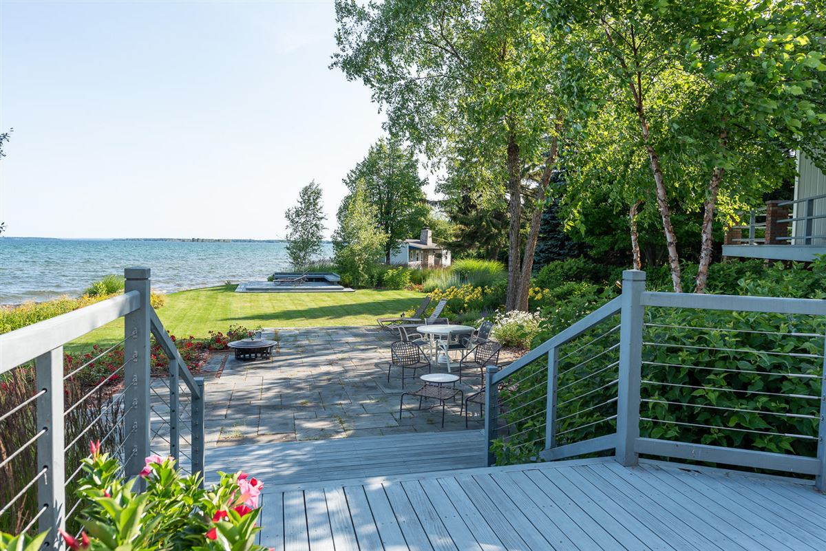 Luxury homes in Northern Michigan lakefront home