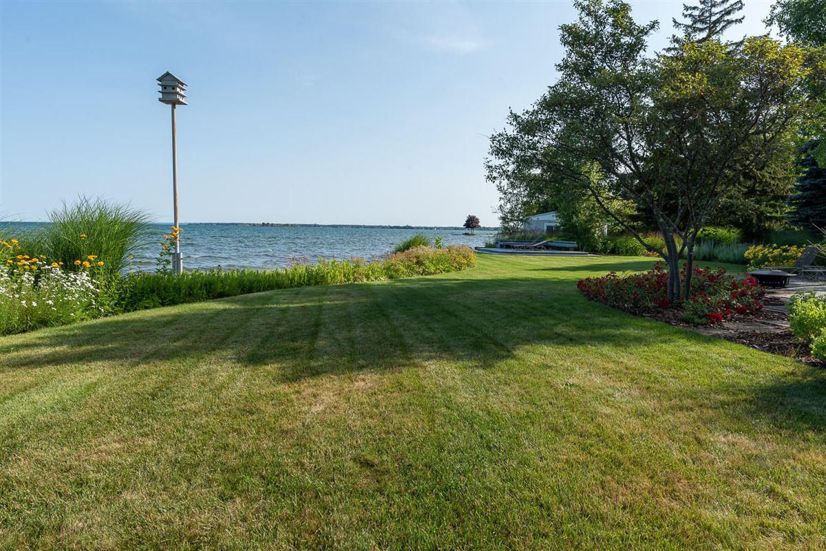 Northern Michigan lakefront home luxury real estate
