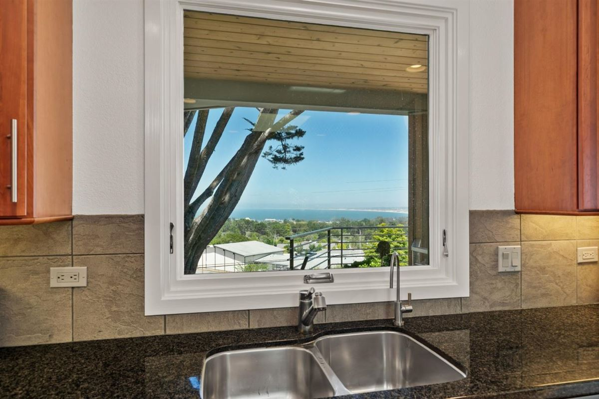 Luxury homes nicely updated home with panoramic views