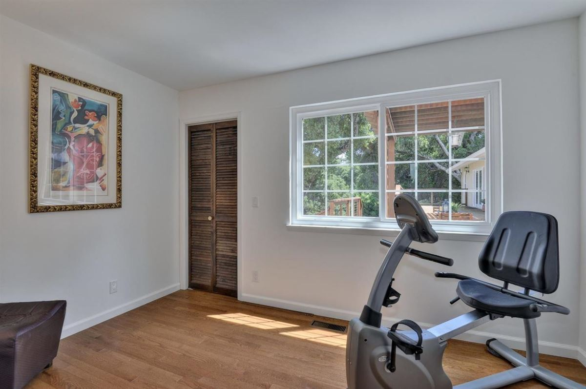 prestigious Palo Alto Hills property luxury homes