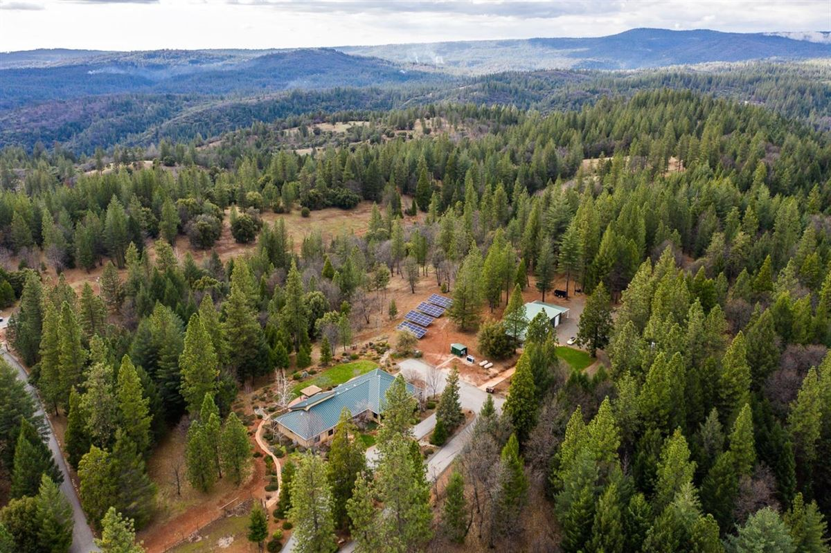 Luxury real estate Incredible 124-acre equestrian estate