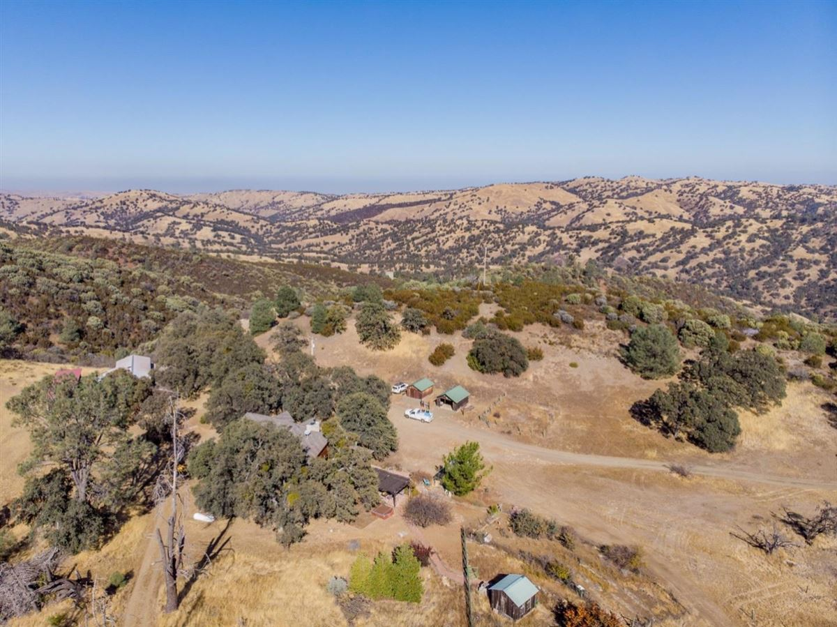 Luxury real estate private and secluded 103 acre rural ranch