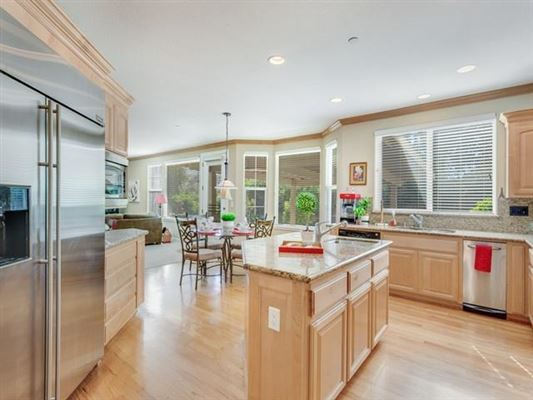 Luxury properties Immaculate gorgeous home