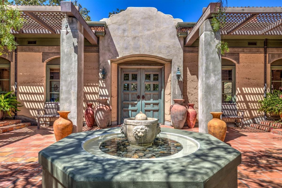 Mansions Welcome to Casa Tierra