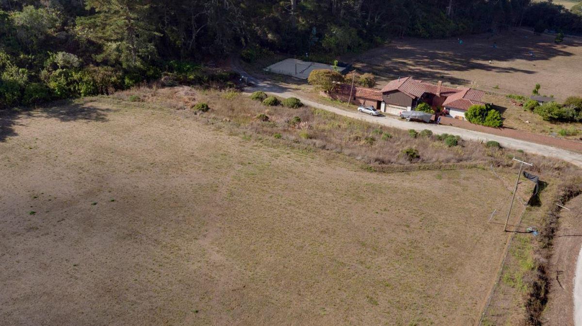 Luxury homes 245 acre private estate