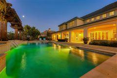 Luxurious vineyard estate luxury properties