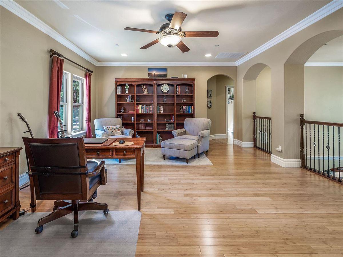 stunning Contemporary design home luxury properties