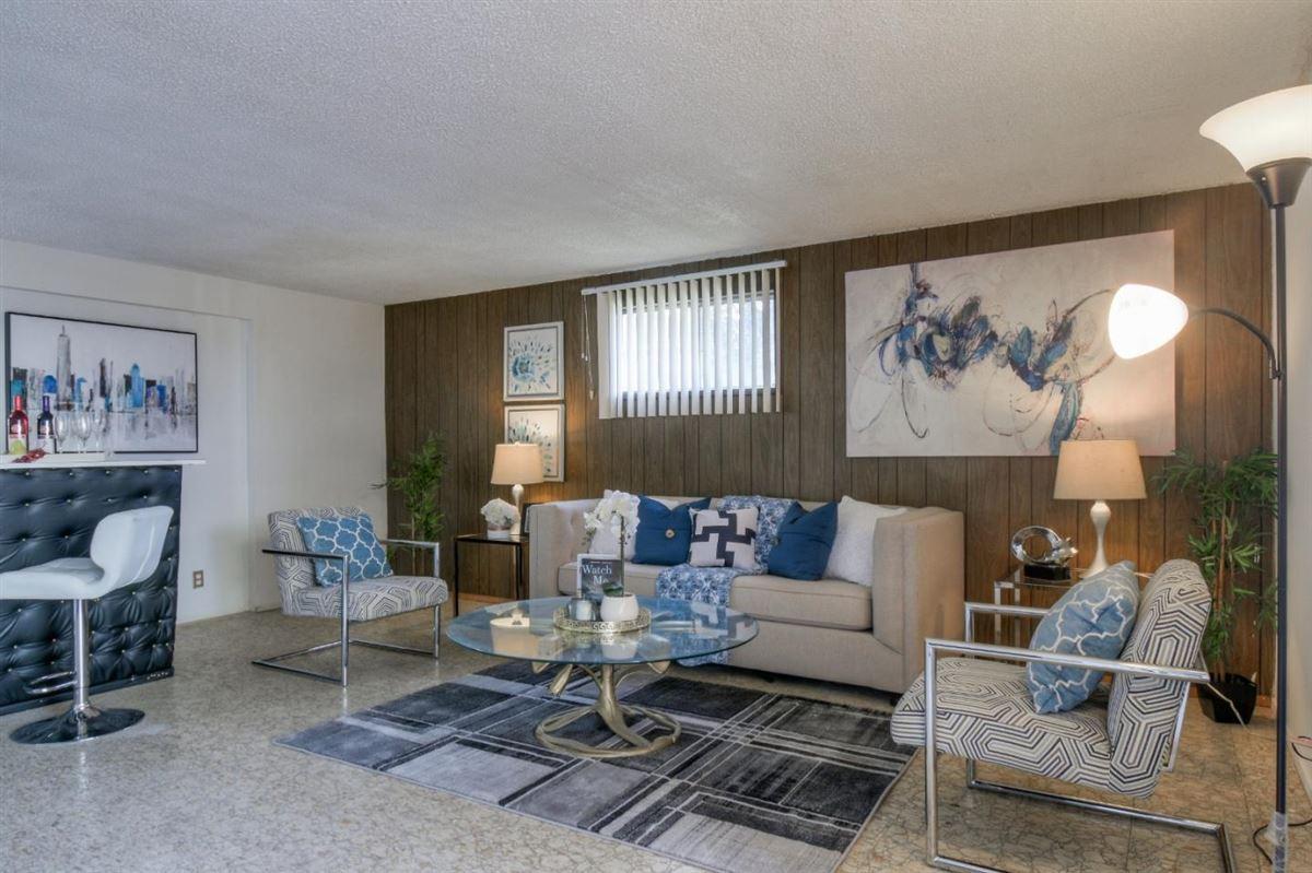 Mansions Spectacular Next Gen Home in quiet cul-de-sac